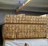 Drewno Iglaste  Drewno Klejone Warstwowo – Elementy Drewniane Łączone Na Mikrowczepy Wymagania - Belki Klejone Proste, Sosna Zwyczajna  - Redwood