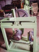 Gebraucht VWM 2015 Messer-Schärfmaschinen Zu Verkaufen Lettland