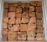 Forest And Logs Asia - Doussie Square Logs 30 cm