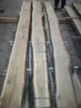 Hardwood  Unedged Timber - Flitches - Boules - Oak Loose Timber ABC 26-60 mm