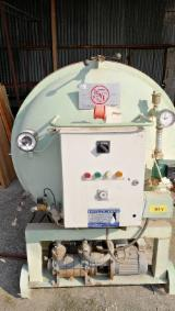Machines, Ijzerwaren And Chemicaliën Europa - Gebruikt ISVE ES JUNIOR 4 1994 Vacuümdroger En Venta Italië
