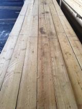 Softwood  Sawn Timber - Lumber - Fresh Siberian Larch / Larch Lumber 32/50 mm
