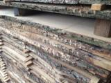 Hungary - Fordaq Online market - Unedged oak timber AD 26 and 40mm