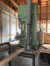 Offers Bosnia - Herzegovina - Used Automatic Vertical Band Saw
