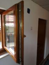 Ferestre - Geamuri de lemn stratificat cu sticla termopan 28mm, inchid multipunct - 650 lei