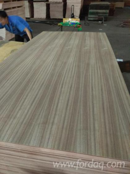 AA-Grade-Natural-Teak-Plywood-with-Eucalyptus
