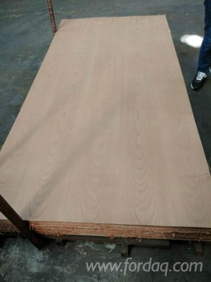 Natural-Veneer-Faced-Plywood-with-Hardwood-Core-and-MR