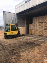 Vend Sciages Pin  - Bois Rouge, Epicéa  - Bois Blancs Séchage Artificiel (KD)