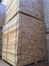 Schnittholz - Besäumtes Holz - Kiefer - Föhre Verpackungsholz - Palettenbretter Ukraine Ukraine zu Verkaufen