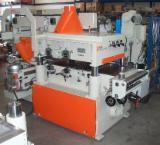 Finden Sie Holzlieferanten auf Fordaq - C.M. MACCHINE  s.r.l. - Gebraucht C.M. MACCHINE SRL KOMPAT 2000 Universalhobel Zu Verkaufen Italien
