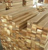 Pallets En Verpakkings Hout Azië - Gewone Spar  - Vurenhout, 3 - 4   40'container per maand