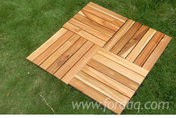 Vendo piastrelle di legno per giardino latifoglie europee