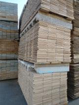 Sawn And Structural Timber Germany - Fresh Sawn Oak Planks
