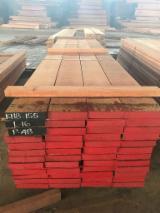Laubschnittholz, Besäumtes Holz, Hobelware  Zu Verkaufen - Bretter, Dielen, Meranti, Dark Red