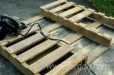 Used Acacia Pallets for Furniture DIY