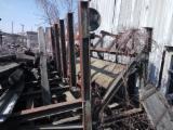 Ukraine Vorräte - Gebraucht -- 1999 Rundholztransportausrüstung Zu Verkaufen Ukraine