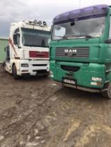 Camioane Transport Busteni Lungi - Macara forestiera Man -- Bolotesti, judet Vrancea