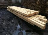 Drewno Iglaste  Drewno Klejone Warstwowo – Elementy Drewniane Łączone Na Mikrowczepy Na Sprzedaż - Drewno Konstrukcyjne Lite (KVH)