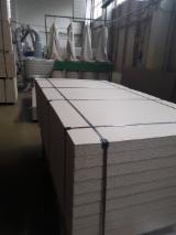工程面板  - Fordaq 在线 市場 - 刨花板, 4;  6;  8;  10;  10-38 公厘