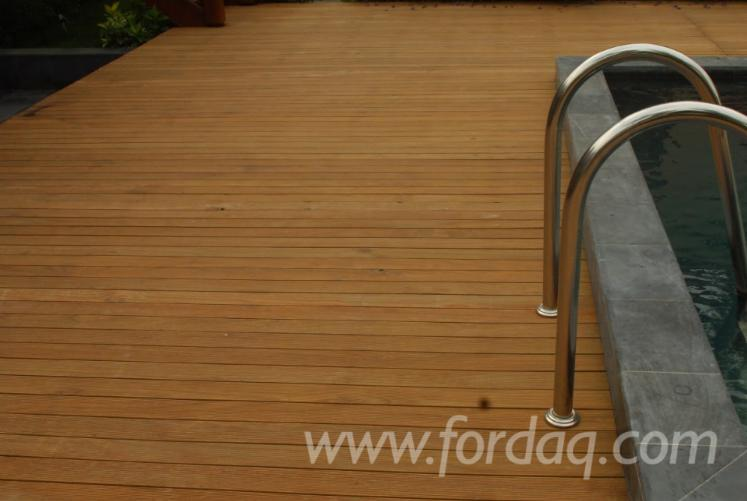 Composite-Wood-Decking