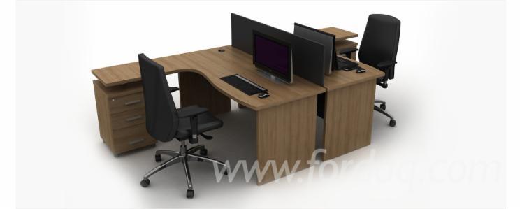 top quality workstations/ partitions office desks