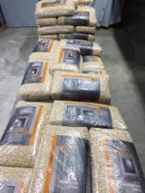 Firewood, Pellets and Residues - Pine pellets