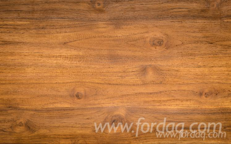 Teak-Veneer-Plywood---Decorative-Veneer