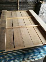 Croatia Supplies - Oak edged boards 26 mm