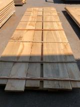 Croatia Supplies - Oak edged boards 26 mm - KD