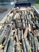 Leña, Pellets Y Residuos Leña Leños No Troceados - Venta Leña/Leños No Troceados Acacia, Fresno Blanco, Roble  Cherkasy Region Ucrania