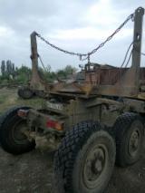森林及采伐设备 - 拖车 -- 二手 乌克兰