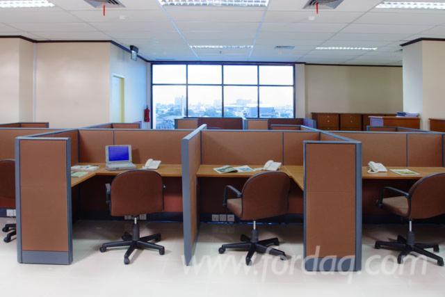 Garniture Za Kancelarije, Dizajn