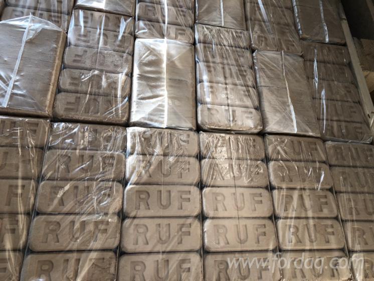 Venta Briquetas De Madera Roble Ucrania