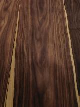 批发木皮 - 采购或销售木皮复合板 - 天然木皮单板, 黑黄檀木, 切四等分,平坦