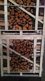 薪材、木质颗粒及木废料 - 劈切薪材 – 未劈切 碳材/开裂原木 常见黑色阿尔德木