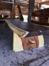 Mobilier De Grădină De Vânzare - Vand Mese De Grădină Contemporan Foioase Din America De Sud Saman