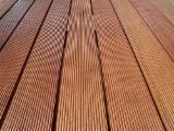 Terrassenholz Indonesien - Keruing, Teak, Belag (4 Abgestumpfte Kanten)