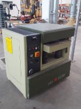 上Fordaq寻找最佳的木材供应 - CNT MACHINES SRL - 厚度刨木机 – 单侧 SCM S520 二手 意大利