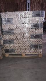 薪材、木质颗粒及木废料 木砖 - 木质颗粒 – 煤砖 – 木碳 木砖 橡木