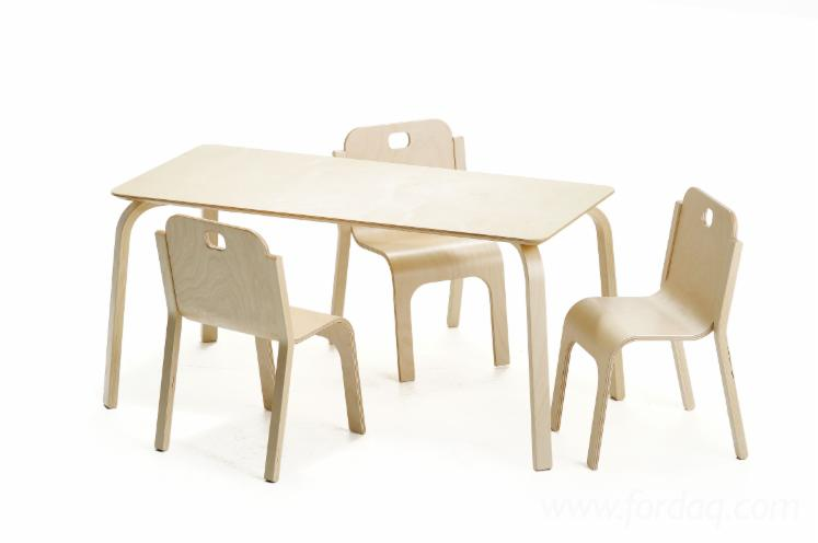 Kid Chairs from Molded Birch Plywood