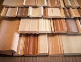 Holz Komponenten - Europäisches Laubholz, Massivholz, Robinie