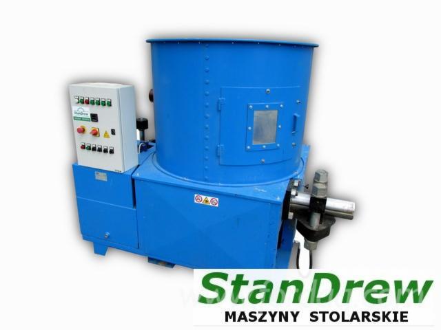 Vendo pressa per pellets la meccanica clm 630 usato bosnia for Impianto pellet usato