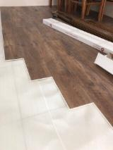 Pavimenti In Decorativo Vinilico - Vendo Parquet prefinito in laminato, sughero In Vendita Vietnam