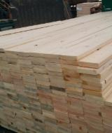 Nadelholz  Blockware, Unbesäumtes Holz Zu Verkaufen - Einseitig Besäumte Bretter, Kiefer  - Föhre, Sibirische Kiefer