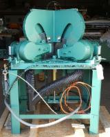 Strojevi, Strojna Oprema I Kemikalije Sjeverna Amerika - MN 301 (SC-012449) (Mitre Circular Saws)
