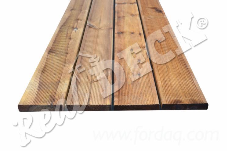 Pressure Impreganted Brown Siberian Pine Anti Slip Decking