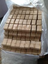 Switzerland - Fordaq Online market - Required Oak Wood Briquets