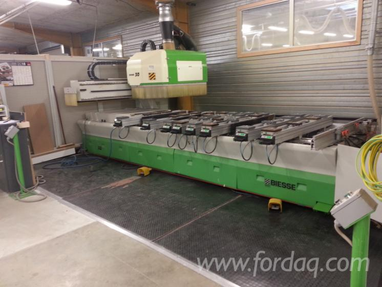 Used-BIESSE-Rover-30S2-CNC-Machining-Center-For-Sale