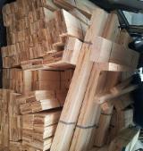 Rezanje Bor Pinus Sylvestris - Crveno Drvo - Bor  - Crveno Drvo, Jela -Bjelo Drvo, 3 40'kontejner mesečno