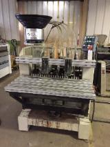 Sabit Işlemeler Için Üniversal Çok Kafalı Delme Makineleri SPINAMATIC P696 Used Fransa